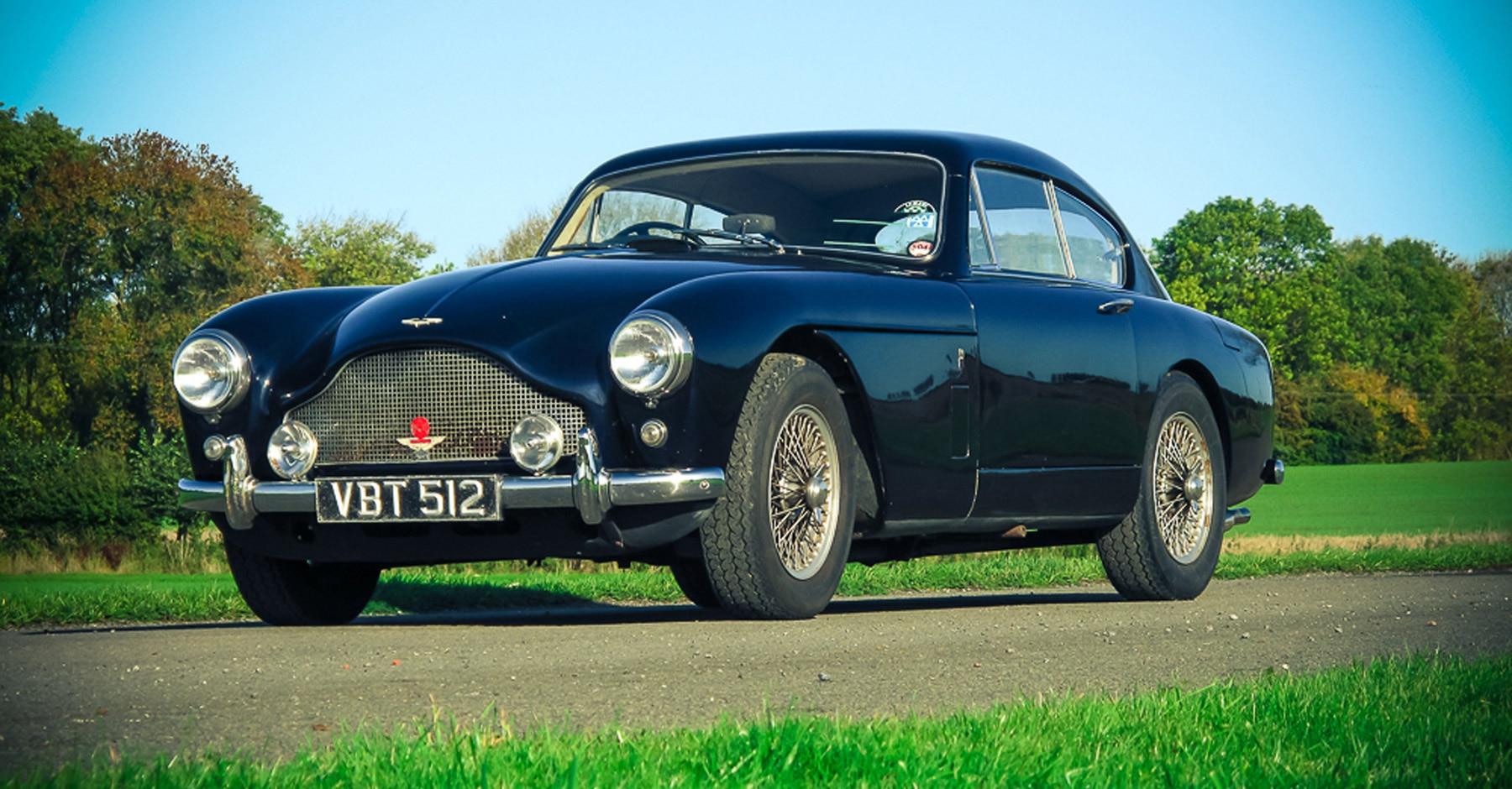 "Aston Martin. Una ""DB2/4"""