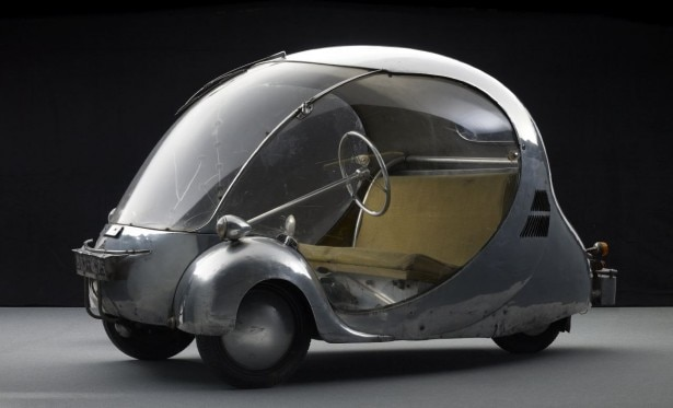 L'Oeuf électrique (1942). Designed and fabricated by Paul Arzens. Courtesy Musée des Arts et Métiers, Paris, France. Photo by Michel Zumbrunn and Urs Schmid.