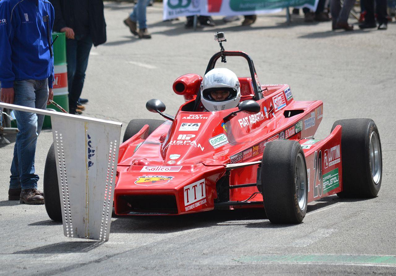 160624_Abarth_Gina_Colotto_al_volante_della_monoposto_di_Formula_Abarth