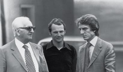 - Enzo Ferrari con Luca di Montezemolo e Niki Lauda.      NB.probabile fotomontaggio.