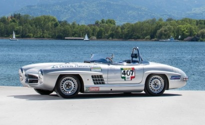5- Mercedes-Benz 300 SL roadster aux
