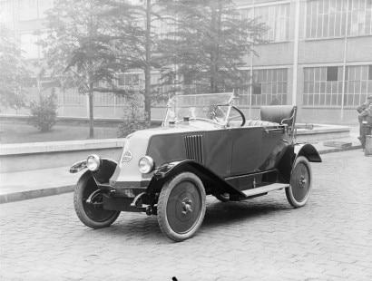 1923 - Renault Type KJ1