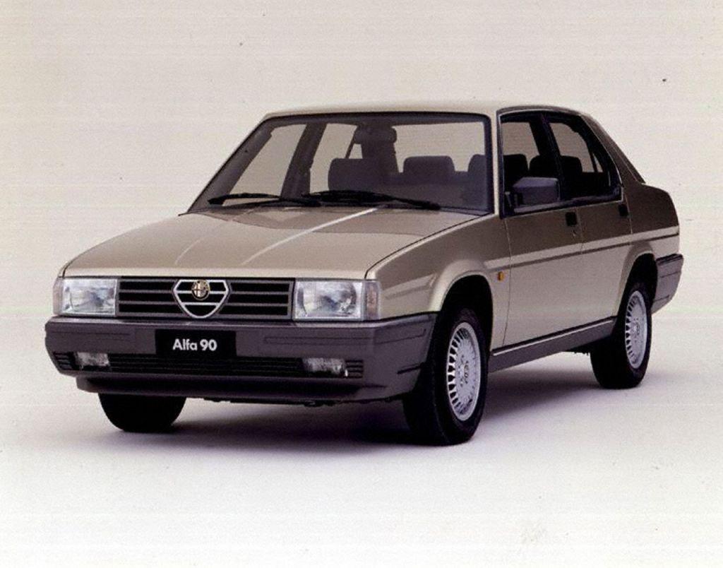 Alfa Romeo 90: meccanica classica e stile moderno